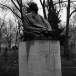 Statues, Liviu Rebreanu