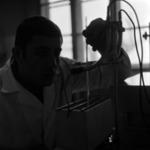 Metalul Roşu, laboratórium